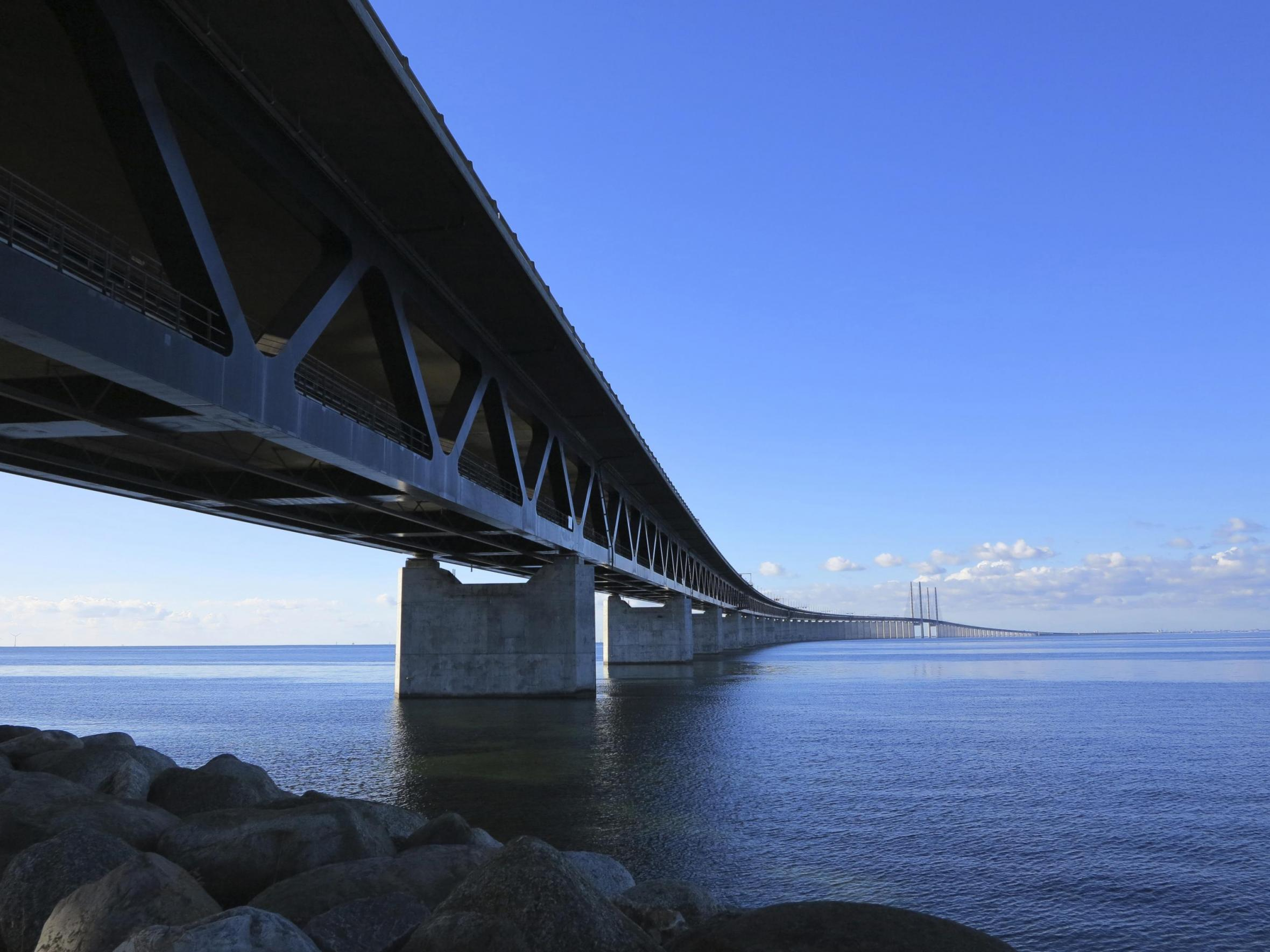 The Öresund Bridge from below with train tracks