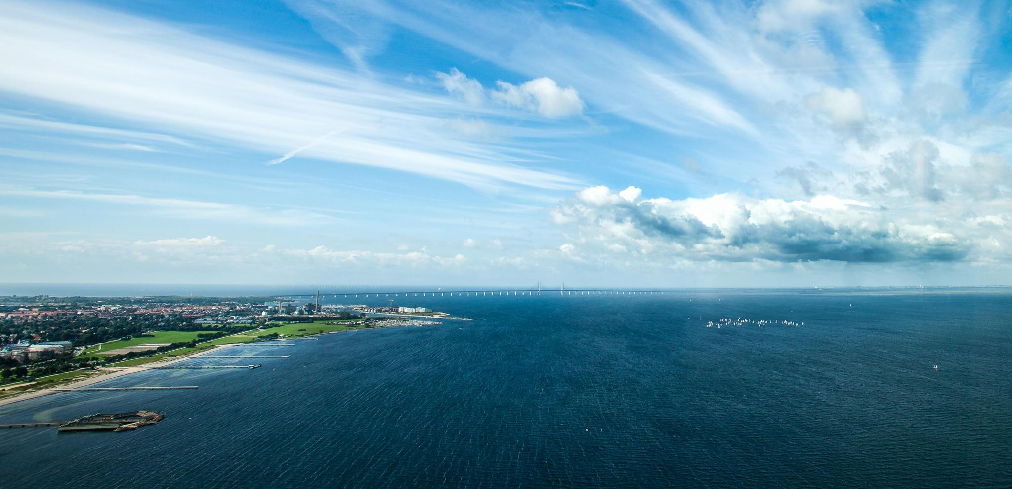The Öresund Bridge over the sea