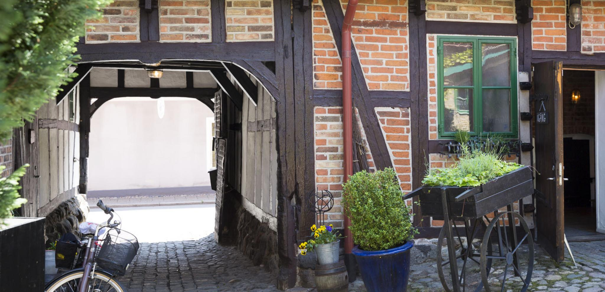 Courtyard in Ystad © carolina romare