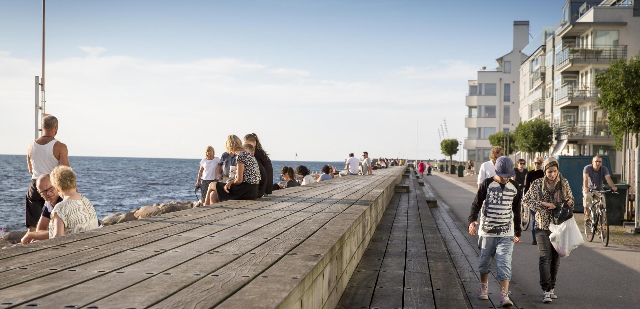 Boardwalk in the west port in Malmö © Carolina Romare