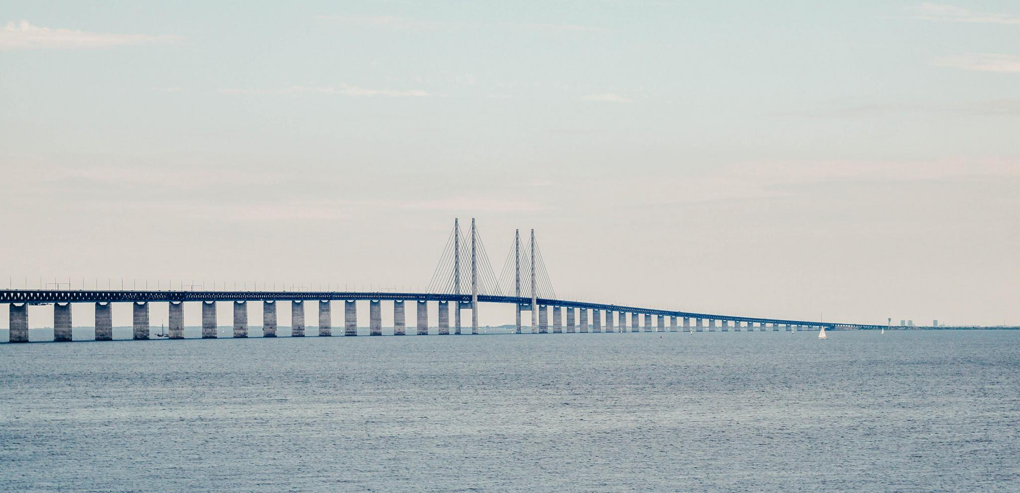 The Öresund bridge with surrounding sea