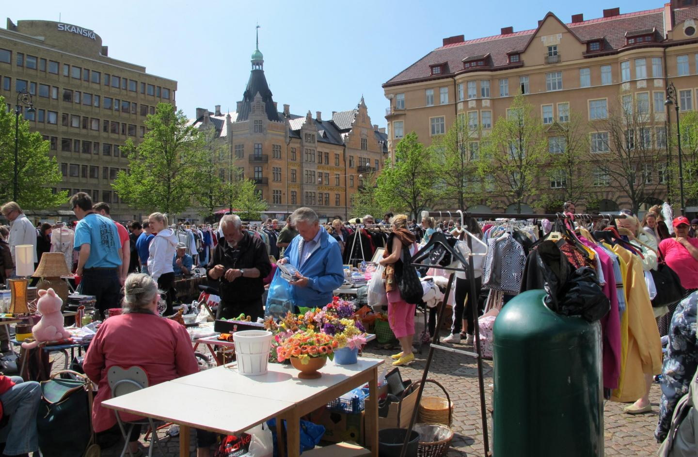 Flea market at Drottningtorget