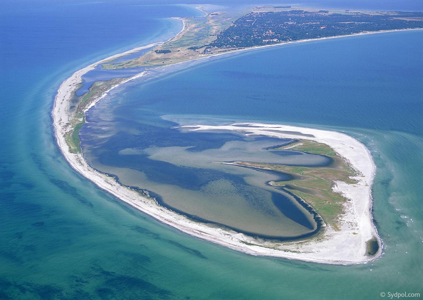 Beaches and landscape by the ocean