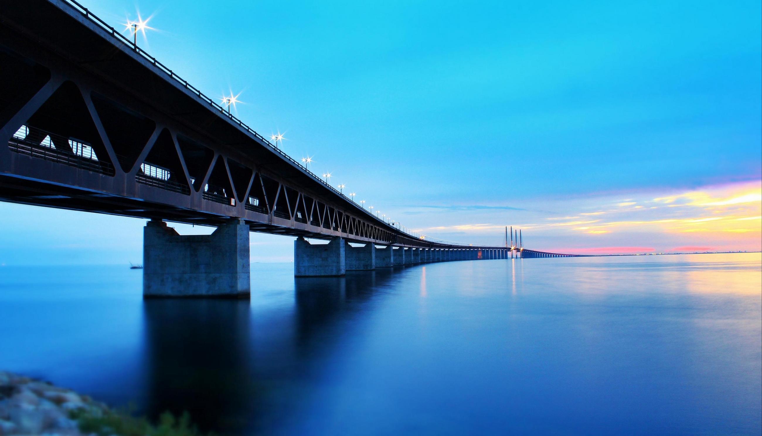the Öresund bridge visit skåne