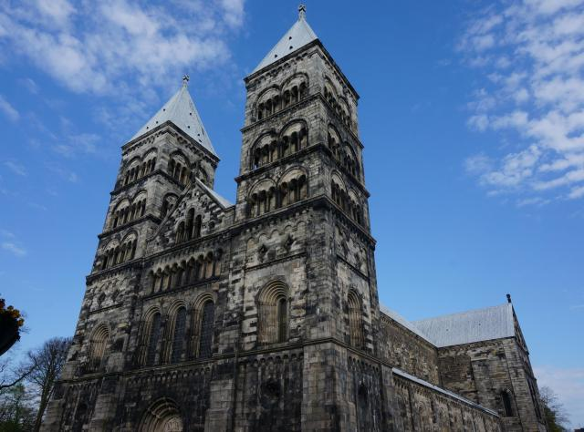 Front view of Lund Cathedral © Foap